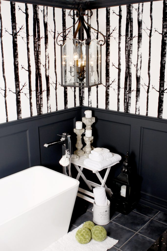 Design plomberie Salle de bain à Beloeil en noir et blanc ing de salle de bain